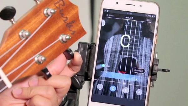 cách chỉnh dây đàn ukulele