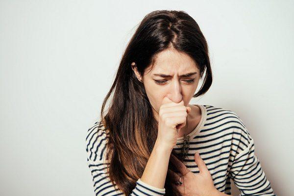 Ho khan tức ngực là triệu chứng bệnh gì?