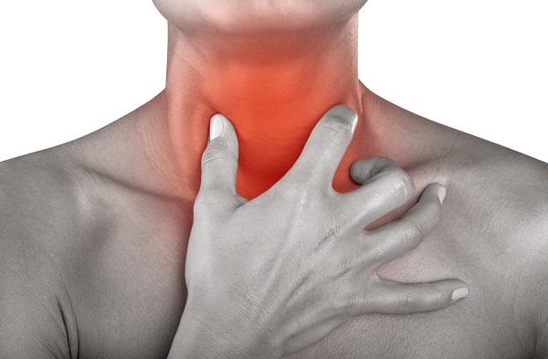Viêm họng trào ngược gây đau rát họng